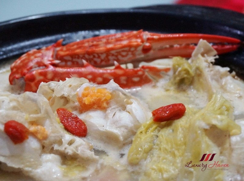 cny claypot flower crab soup with wolfberries recipe