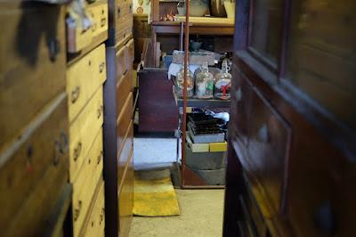 古道具燕 四賀倉庫 ZUBAKURO STOCK OPEN 56/57 箪笥、箱物