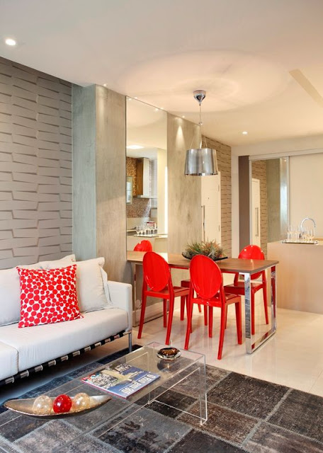 small-colorful-dining-room-decoration