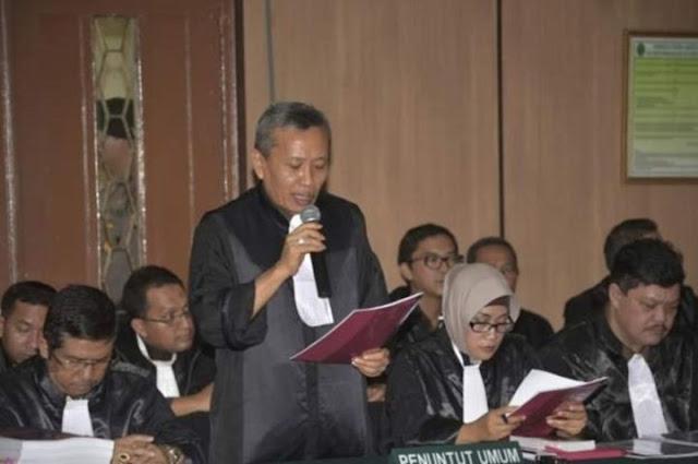 Tuntutan ke Ahok, Mantan Anggota DPR: JPU Amatir dan Curang