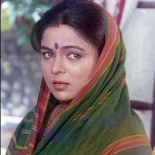 Reema Lagoo in a Movie as a Mother