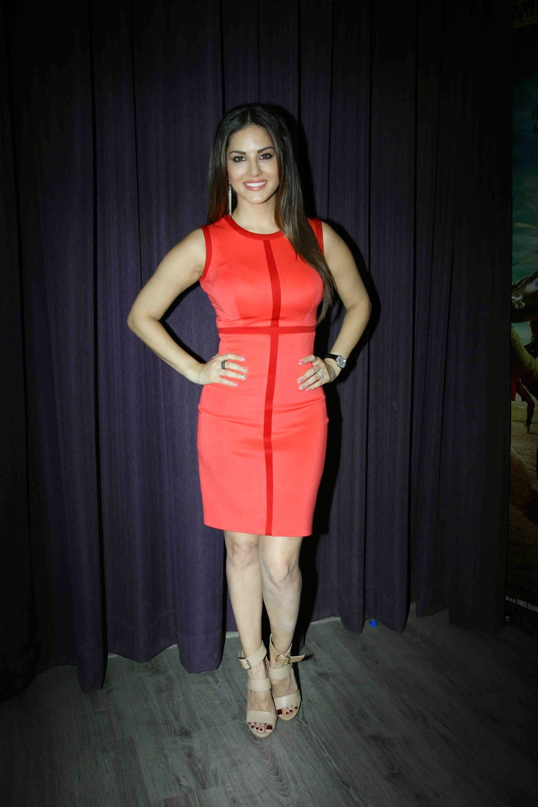 High Quality Bollywood Celebrity Pictures Sunny Leone -3830