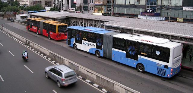 Transjakarta Melakukan Penyesuaian Jadwal Sholat Idul Adha
