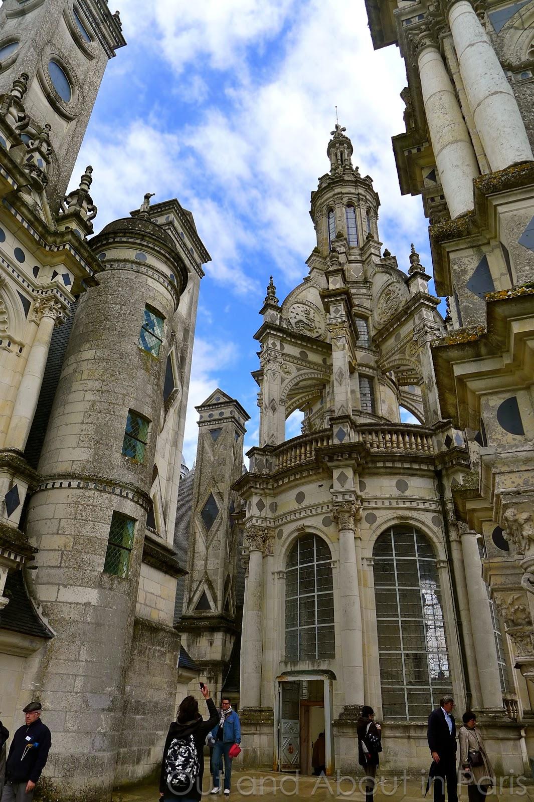 Assez Château de Chambord - the largest castle in the Loire Valley MH32