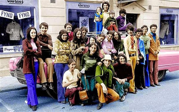Rarest Historical Photos, That you can Never Forget. - Photo of Osama bin Laden, when he was only 14 years old (2nd from the right)