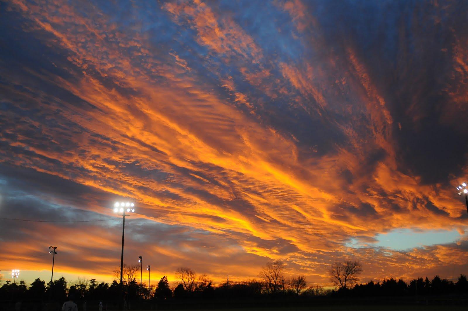 Jimbo's Journalist Jumble: Kansas sunsets