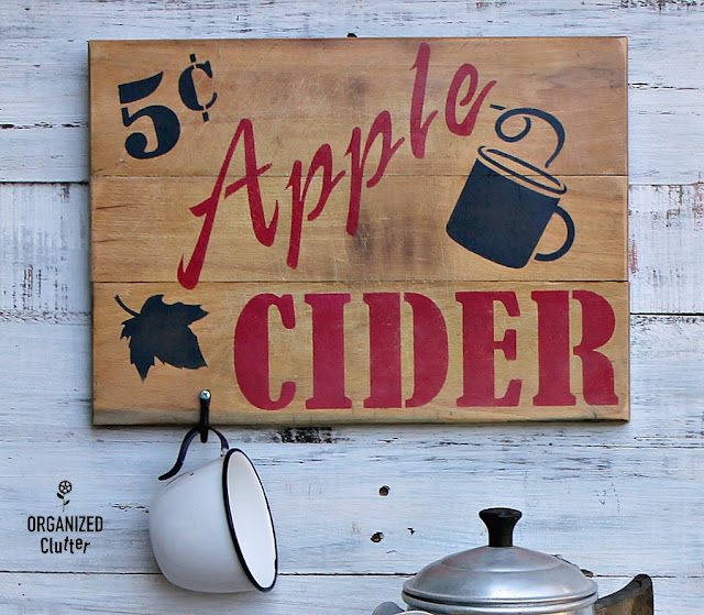 Garage Sale Cutting Board To Fall Apple Cider Sign #oldsignstencils #stencil #applecider #falldecor
