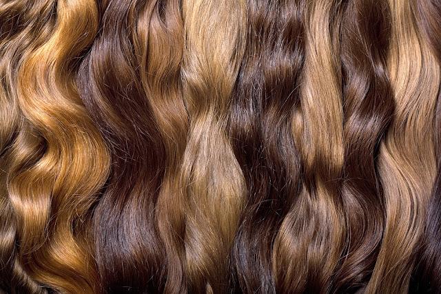 Sprzedaż włosów: jak je przygotować do sprzedaży, jakie powinny być i ile kosztują