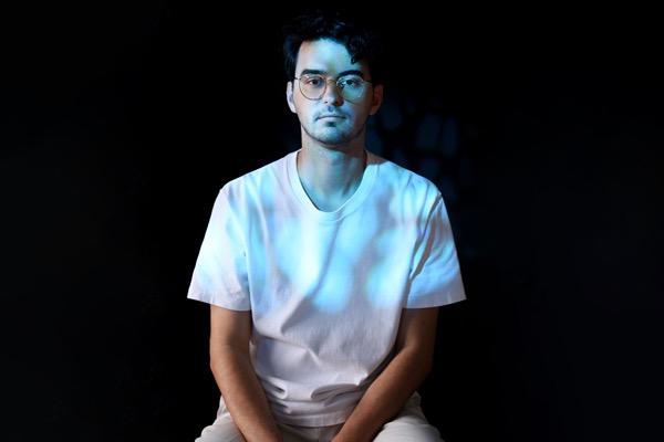 le DJ franco-californien Zimmer montre tout son talent avec son premier album.