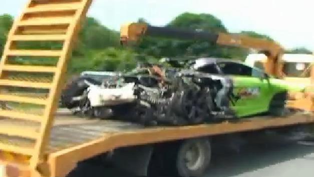 Kemalangan Jalan Raya Tiga Kereta Lamborghini Terbakar