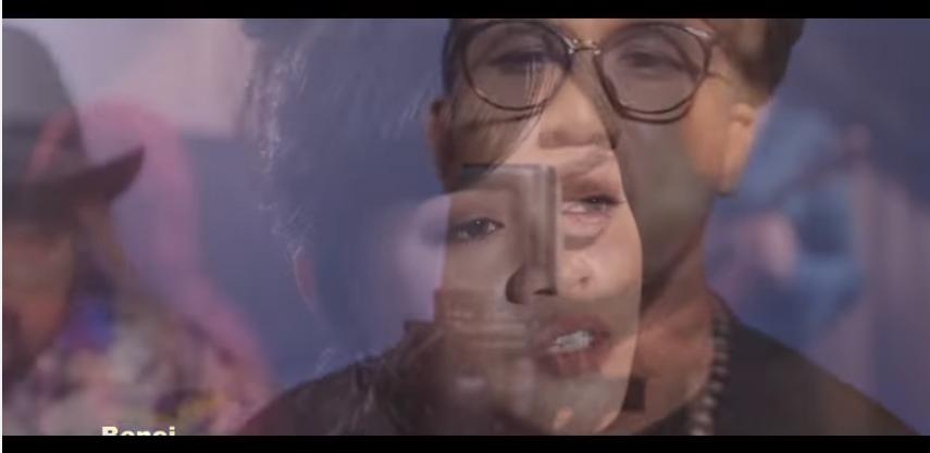 Luis Fonsi - Despacito [Malay Version 2017] MAN (incognito) VS WOMEN (ku keliru)