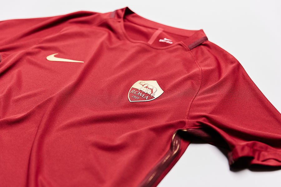 timeless design 5848d b3131 Closer Look | Nike AS Roma 16-17 Derby Kit - Footy Headlines