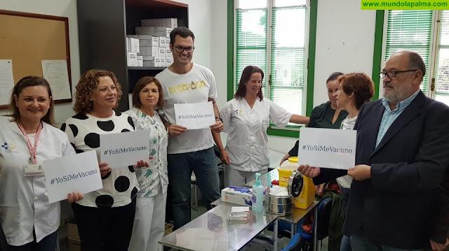 La Gerencia de Servicios Sanitarios de La Palma conciencia sobre la vacunación de la gripe
