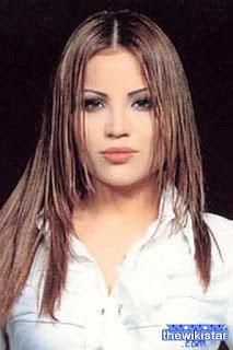 جوانا ملاح (Jowana Malah)، مغنية لبنانية