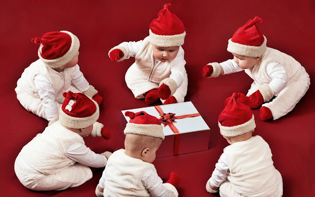 latest funny cute baby merry christmas wallpaper image picture