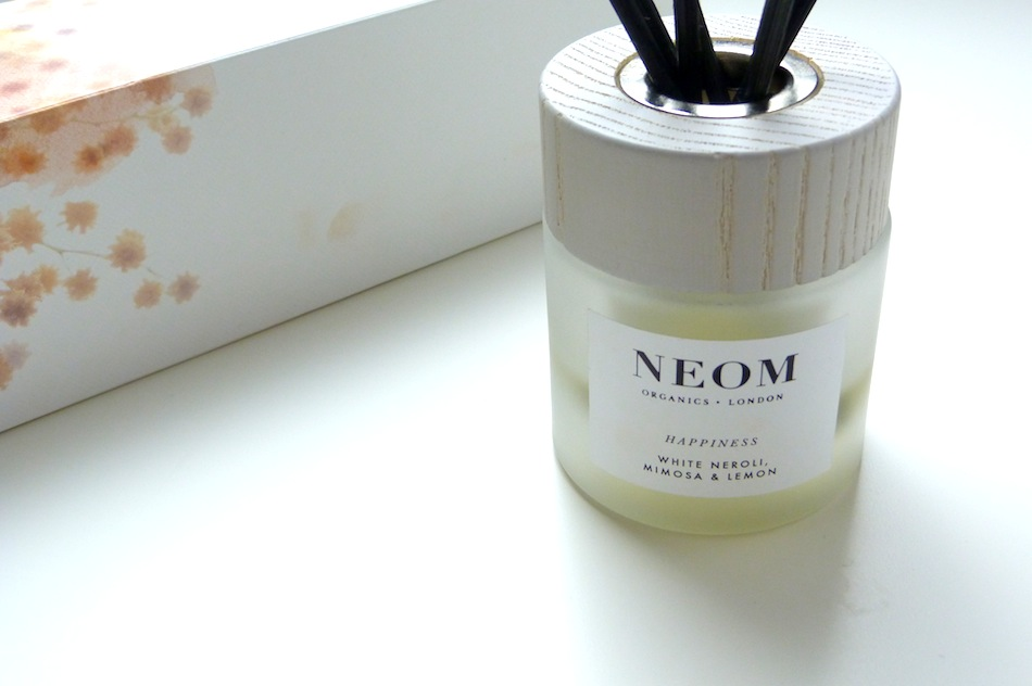 an image of neom happiness reed diffuser review
