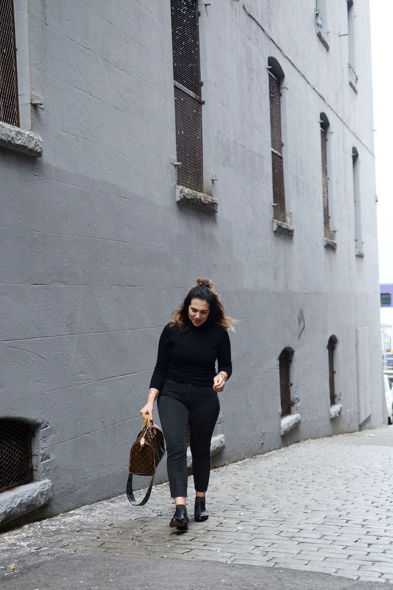 Levi's Wedgie Jean black Aritzia Vancouver fashion blogger Aleesha HArris covet and acquire