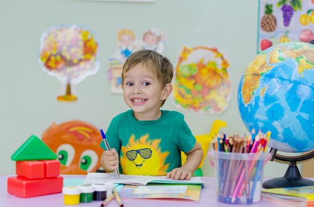 zdjęcie ilustracyjne: pixabay/ Witaj szkoło. Dla 4,5 mln uczniów rozpocznie się w poniedziałek nowy rok szkolny