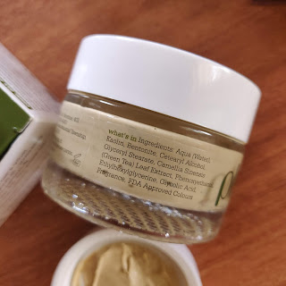 Plum Green Tea Clear Face Mask Review