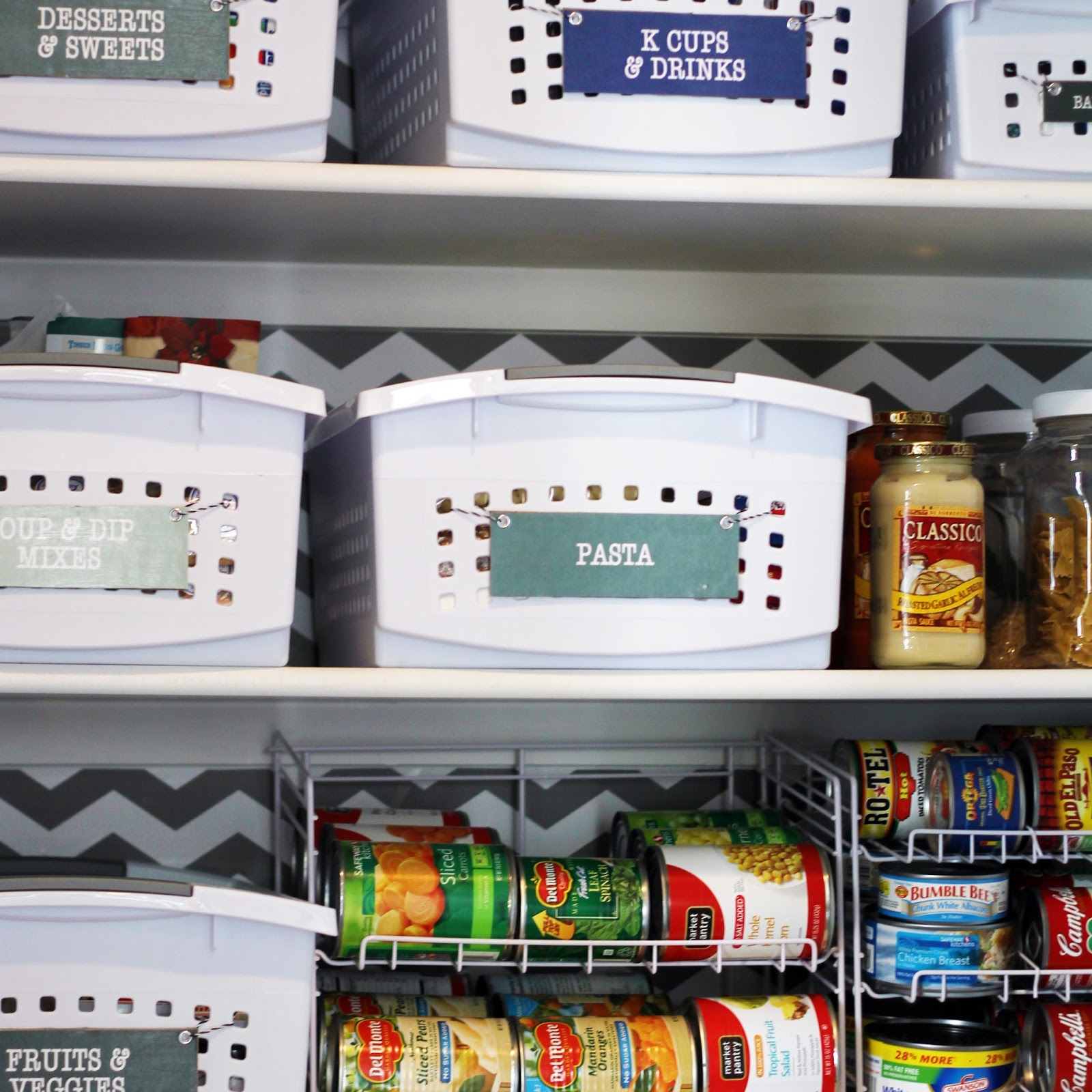 5 Tips For A Gorgeous And Organized Pantry: How To Organize A Small Reach-In Pantry