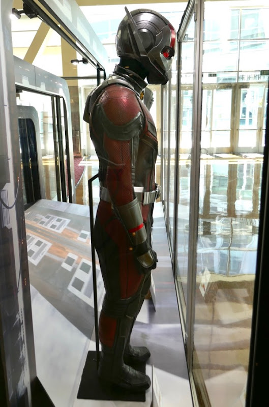 Ant-Man 2018 costume