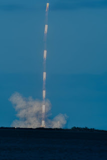 Time lapse of Falcon Heavy liftoff