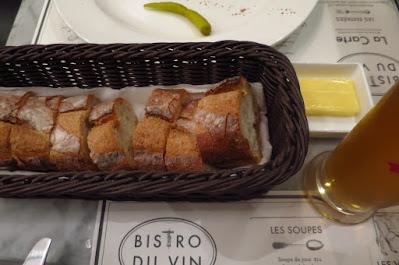 Bistro Du Vin, bread
