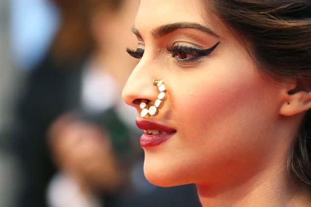 Celebrity Nose Rings, Celebrity Nose Piercings, Nose Jobs