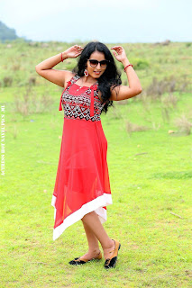 Malavika Menon Hot In Aruva Sandai