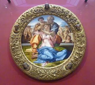 La Sagrada Familia (1503) de Miguel Ángel.