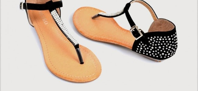 8770a1d1cd01 This is very decent and beautiful sandal. It can wear n parties