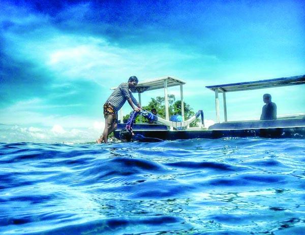 Birunya Laut Nusa Peninda