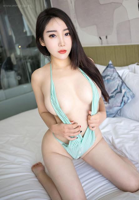 Hot girls Em Gái Mông Tròn Thích Cưỡi 3