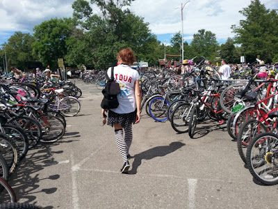 The Travel Writer's Wife | Tour de Fat– Too Much Fun