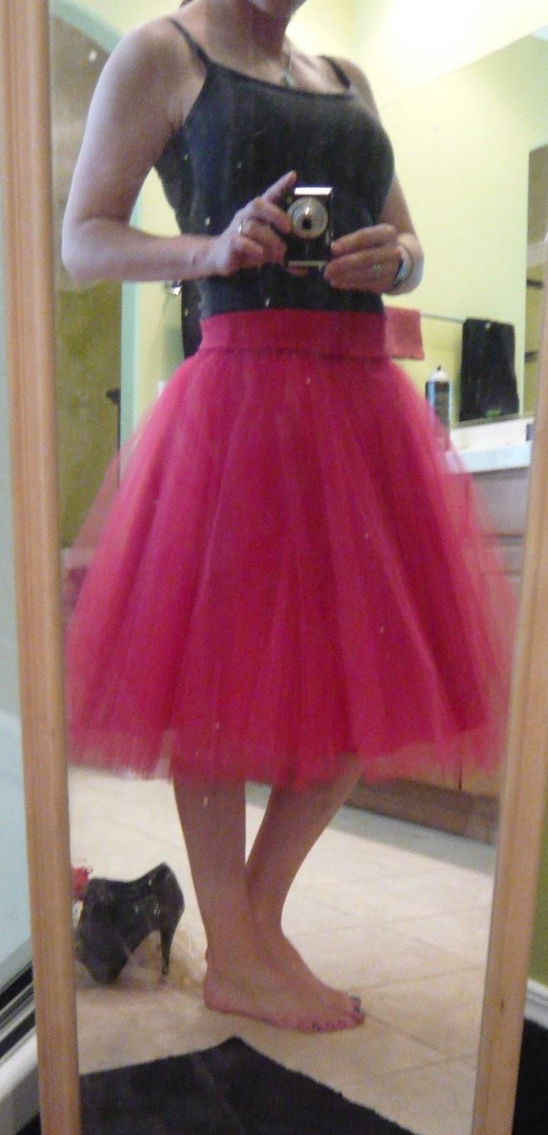 petticoat sit downs dress stuck