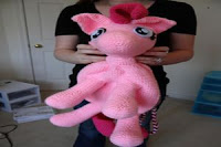 http://www.ravelry.com/patterns/library/pinkie-pie-backpack