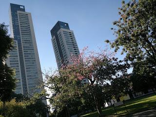 Segunda ola de coronavirus puso en tensión a centros de la ciudad de Buenos Aires.