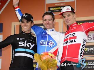CICLISMO EN RUTA - El sprint de Arnaud Démare le da el título de la Milán-San Remo
