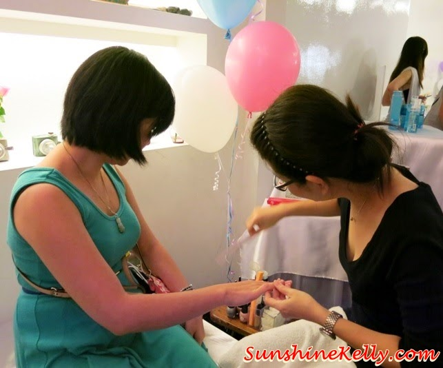 Manicure & Pedicure Pampering Session, Neutrogena 60th Anniversary, #neuwomen, Neutrogena, skincare, neutrogena healthy beauty hang out, girls hang out, pampering session, girls talk, canvas, damansara perdana