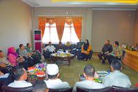 Sikapi Anjloknya Harga Bawang Merah Bupati Bima Gelar Rapat Koordinasi