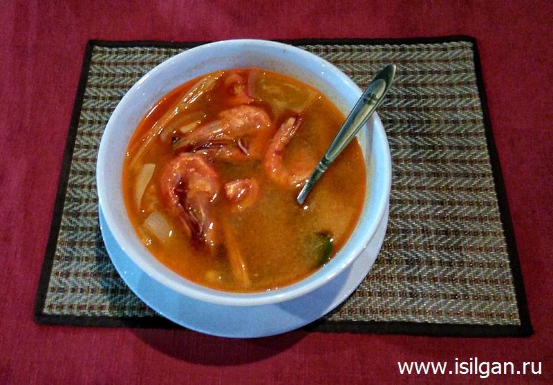 Суп Том-ям с рисом и креветками. Сиануквиль. Камбоджа