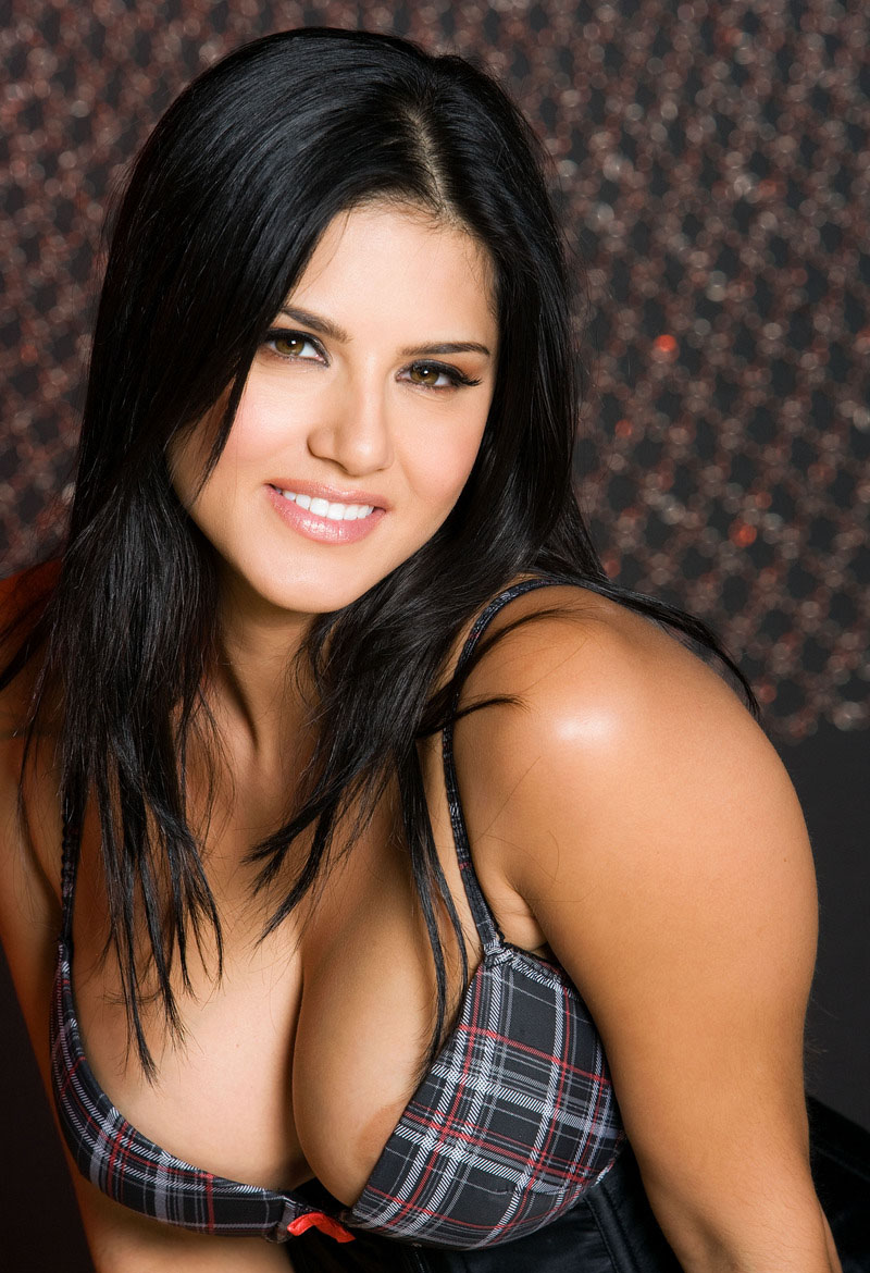 Sunny leone latest nude photos