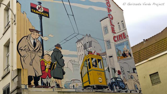 Fachada Comic - Bruselas por El Guisante Verde Project