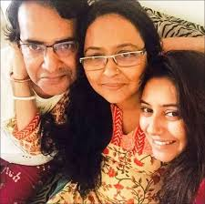 Pratyusha Banerjee Family Husband Son Daughter Father Mother Age Height Biography Profile Wedding Photos