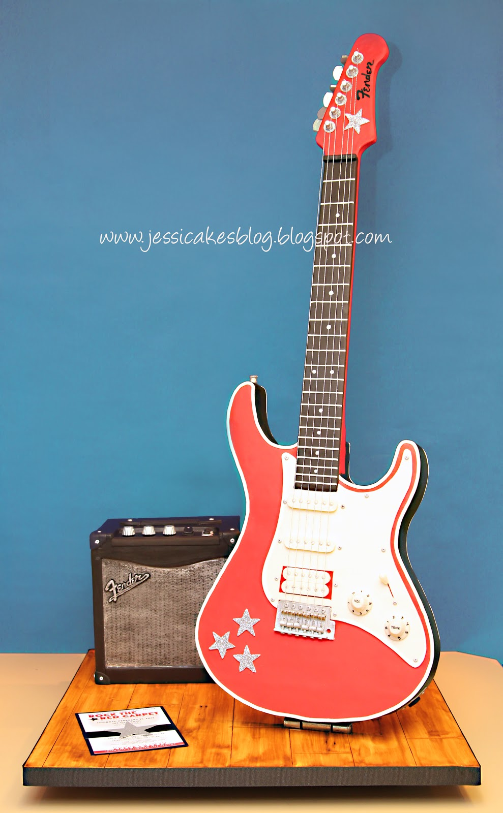 Cake Designs Guitar : Stand-Up Electric Guitar Cake - Jessica Harris Cake Design