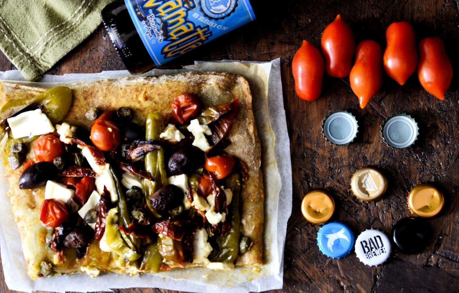 Pizza greca piccantina con FETA e FRIGGITELLI