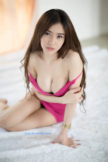 Sexy Pinky Lovely Lady