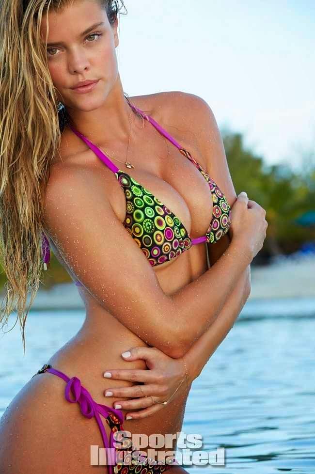 La Espectacular Sesión En Bikini De Nina Agdal Para Sports Illustrated. Transparencias Incluidas. Foto 1