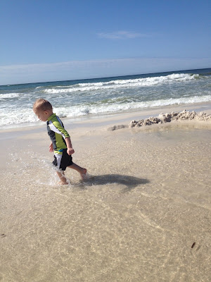 Traveling to the beach with babies and toddlers