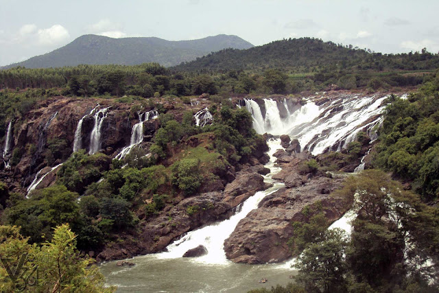 Bharachukki falls (first two segments) - during Aug-2011